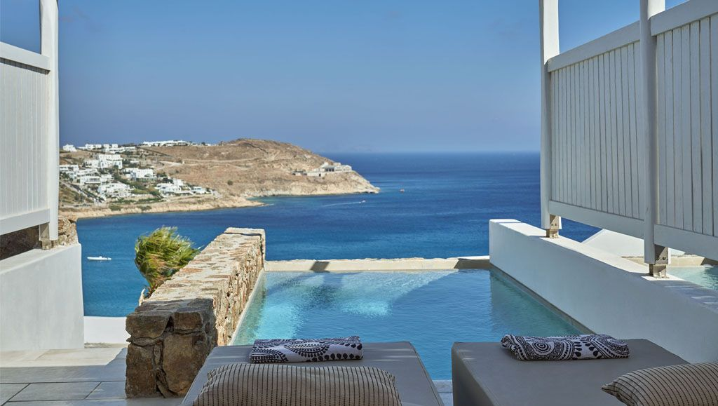 Bliss Suites with Private Pool & Sea View