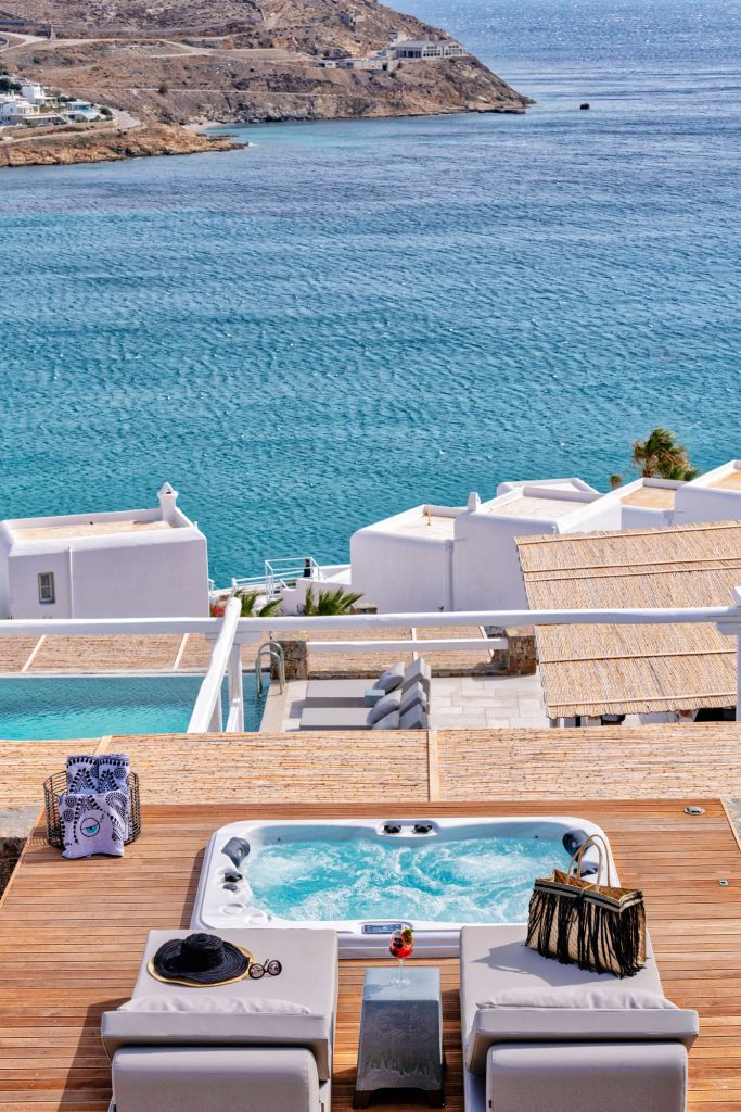 Mykonos Bliss | Premium Jacuzzi Suites with Sea View